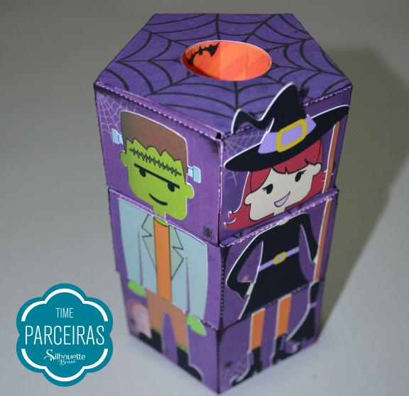 Todas as partes dos corpos dos personagens já coladas nas caixas cilindros