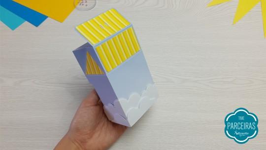 Última camada de nuvem colada na quina da caixa