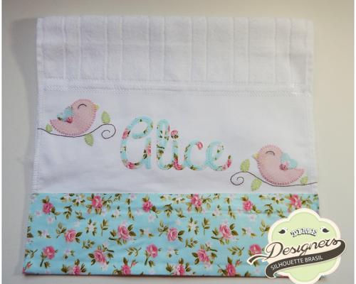 Personalizando toalhinhas escolares