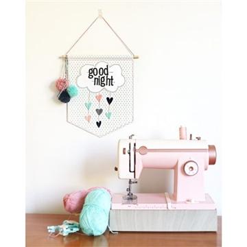 Materiais para Scrapbook - Equipamentos, Ferramentas e Insumos - Máquina de Costura Pink Stitch Happy para Papel e Tecido We R