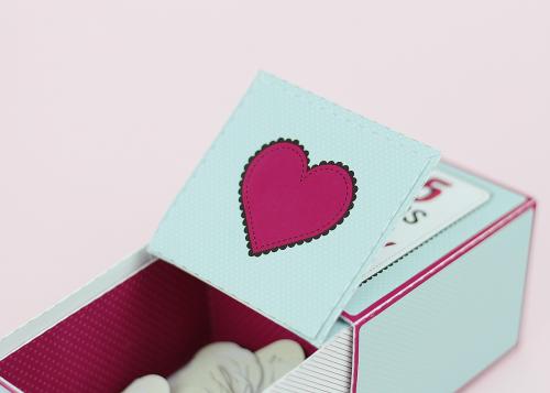 Bodas de 1 Ano de Namoro - Como Fazer Caixa Personalizada - Com as mensagens de motivos