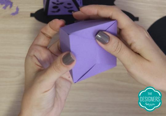Montagem da base da caixa pirâmide