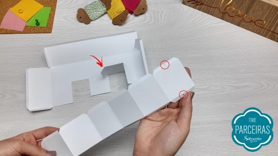 Letra E tem segredinho de montagem: esses 2 furos guias