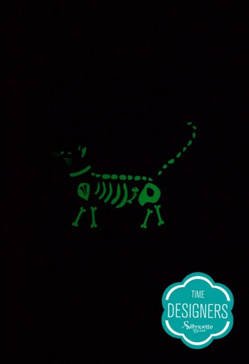 Como fazer flâmula de esqueleto de gatinho que brilha no escuro