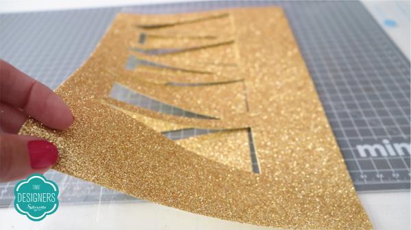 Tiaras para Carnaval em EVA - Raios de Sol cortados no EVA Glitter Sourado Mimo