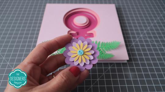 Faça o mesmo processo das camadas para montar a flor