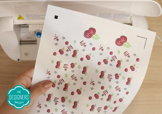 Imprima a outra estampa no transfer imprimível para tecidos claros